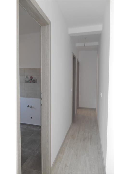 Apartament la cheie cu 2 camere, in vila, gradina si loc parcare!