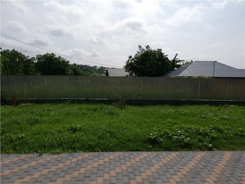 Corp vila, zona Valea Lupului - Antibiotice, 120 mp, 500 mp curte