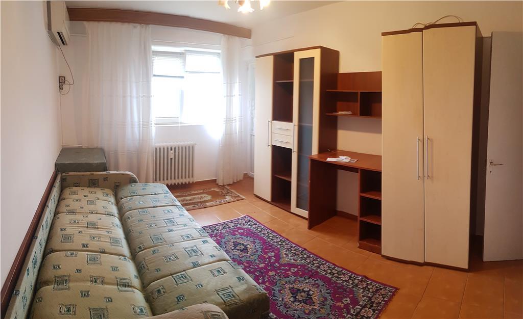 Apartament 1 camera, decomandat, Gara, cu POD