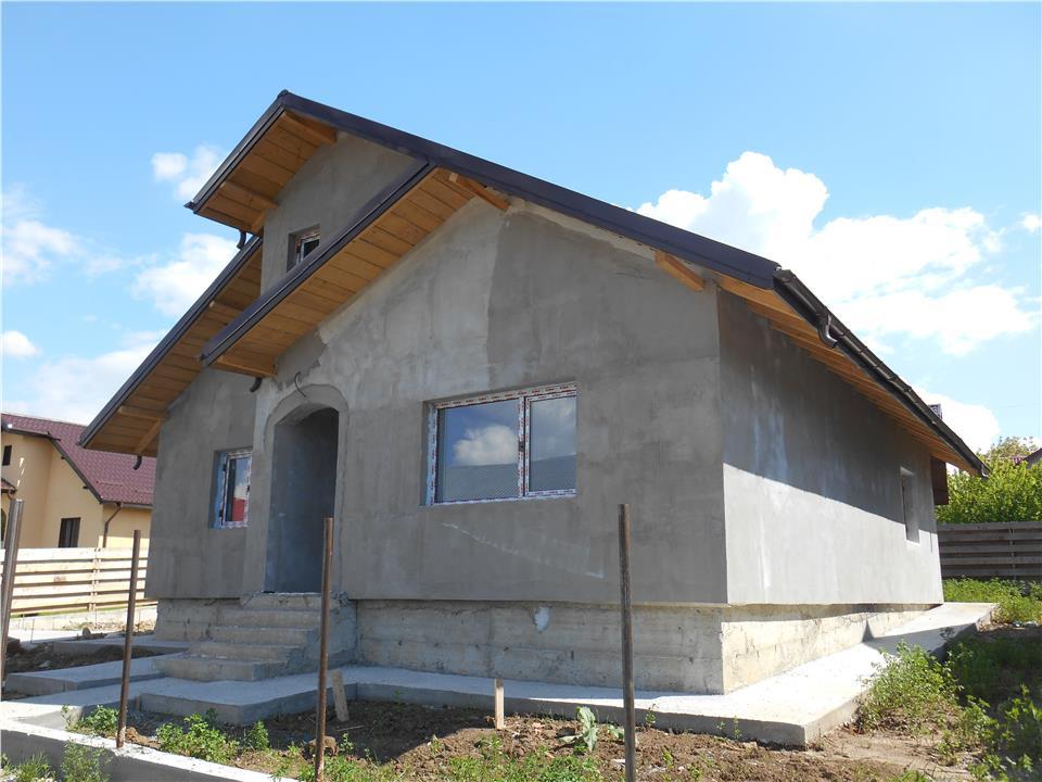 Casa noua,parter,3 cam. la cheie,Miroslava