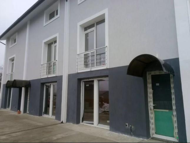 De vanzare, corp duplex, 115 mp, curte 190 mp, zona Pacurari - Rediu.