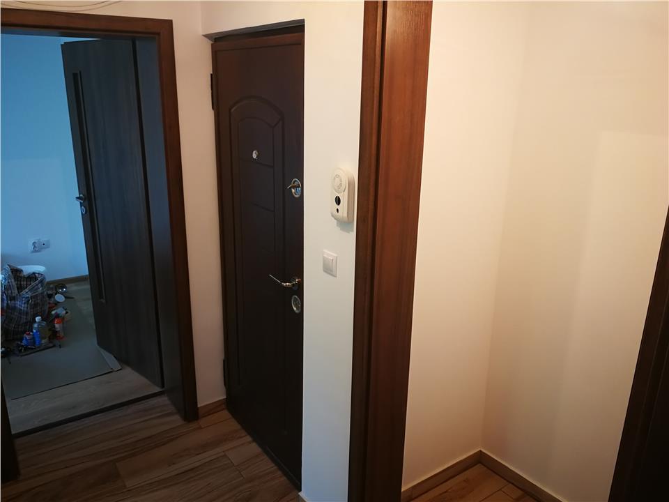 Apartament Tatarasi etaj intermediar renovat