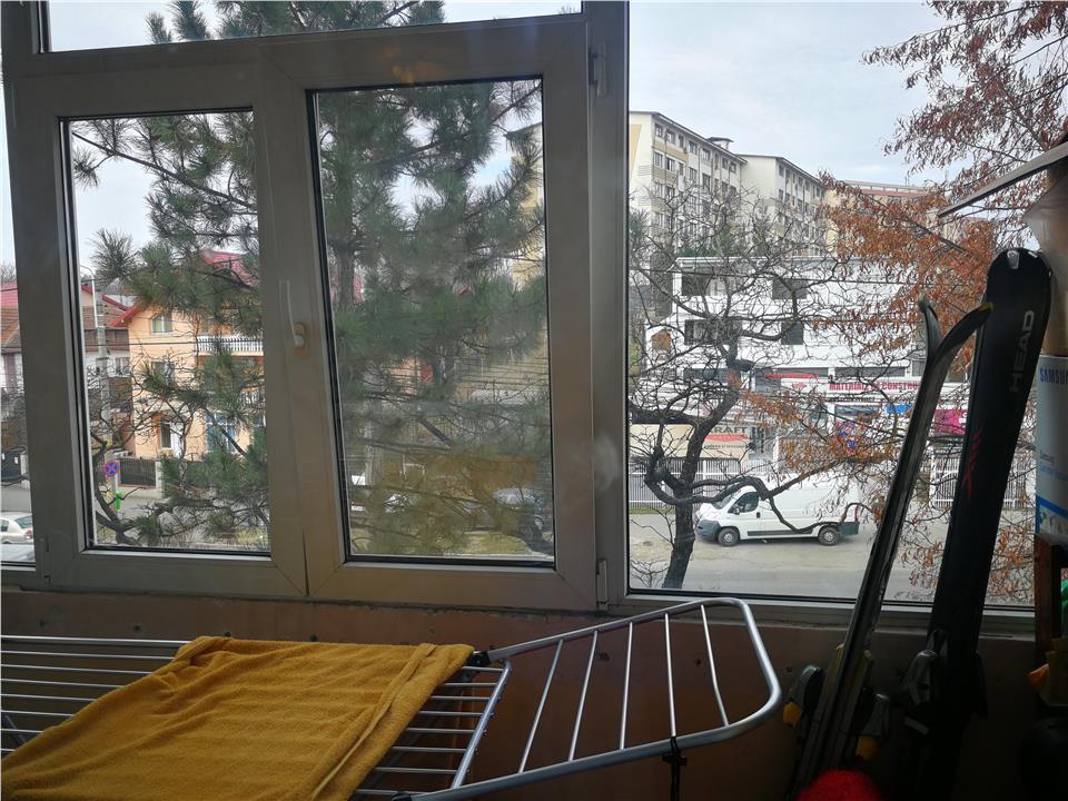2 camere Tatarasi -Piata 2 Baieti la bulevard etaj 2/4