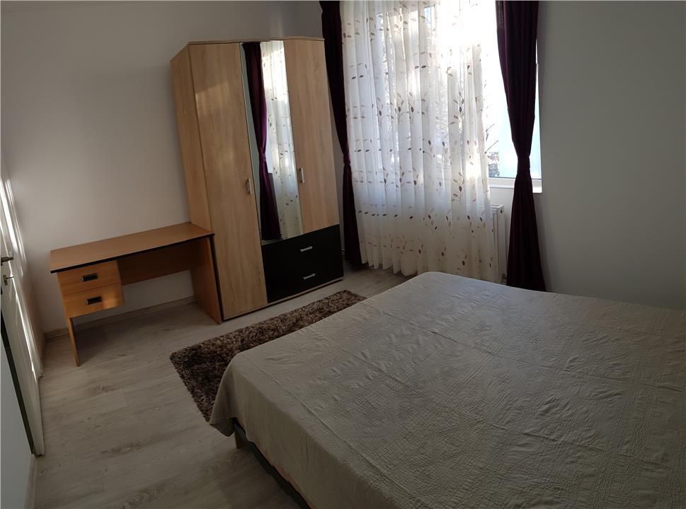 Apartament 3 camere de vanzare Copou
