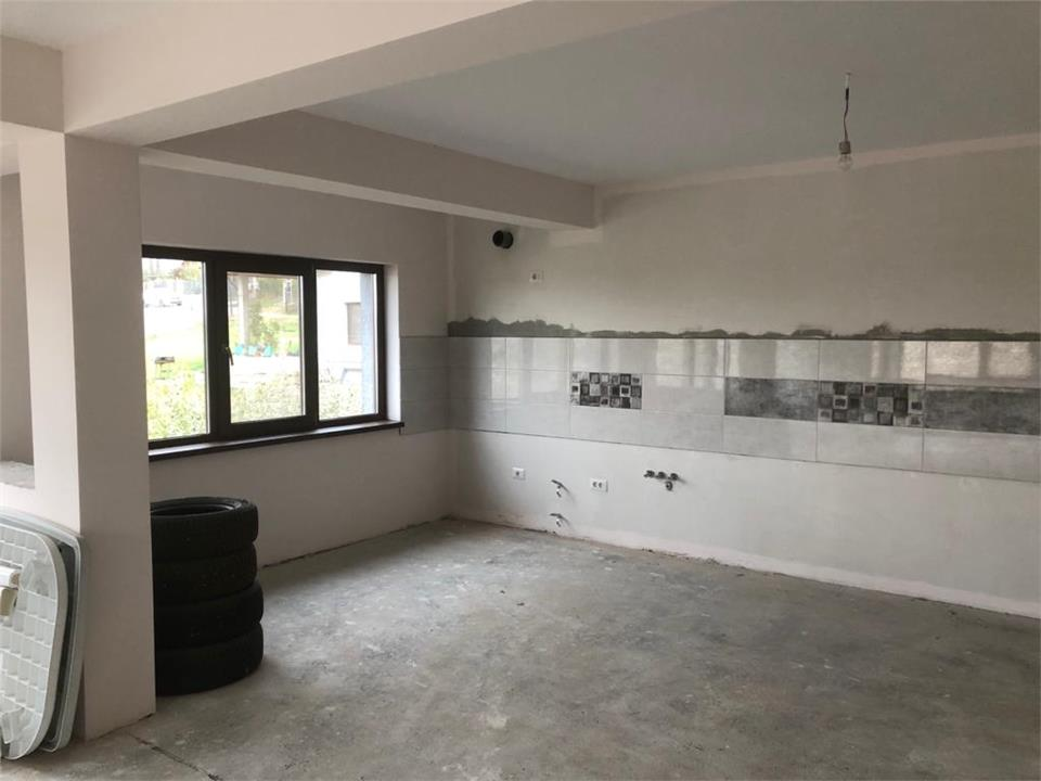 Apartament 4D in vila si 500 mp teren
