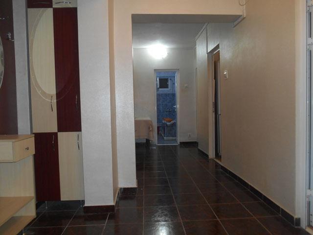 Apartament 4 cam.Cug-Selgros,et.2,mutare imediata