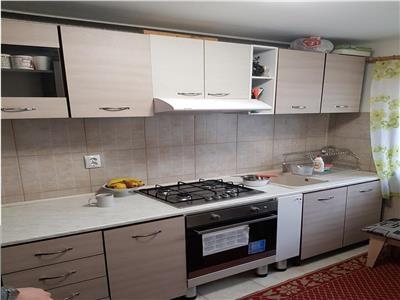 Apartament 3 camere de vanzare Alexandru