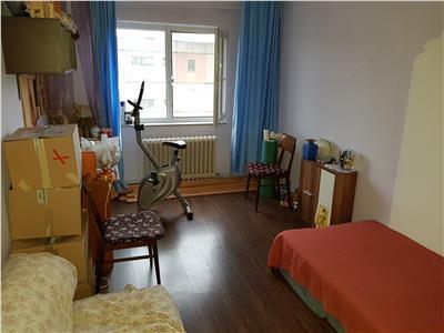 Apartament 2 camere de vanzare Mircea cel Batran