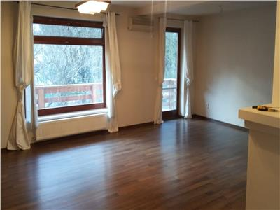 Apartament 2 cam. 88 mp, in vila, la cheie, zona Copou-Sararie