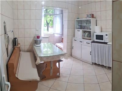 Apartament 4 camere de vanzare Nicolina Parter Inalt