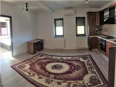 Apartament 3 camere de vanzare Nicolina